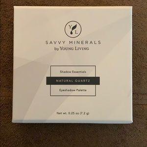 Savvy Minerals Natural Quartz Eyeshadow Palette